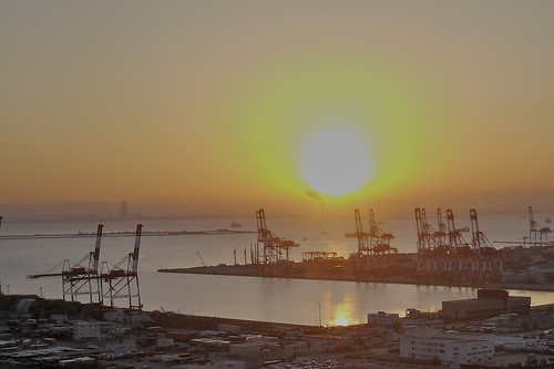 ocean sky port sunrise kobe gradation gantrycrane 海キリン socalledgiraffe