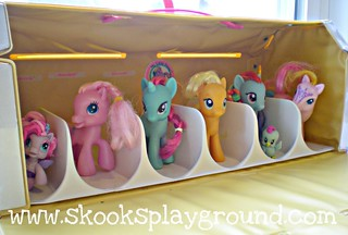 My Little Pony Carry Case - Inside | by SkooksPlayground