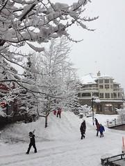 金, 2012-02-24 16:02 - 雪のWhistler Village