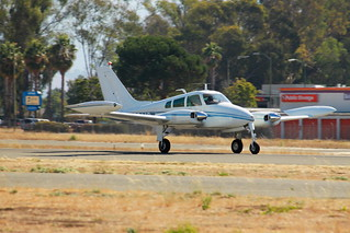 Heavy Iron- Cessna 310G Takeoff RHV