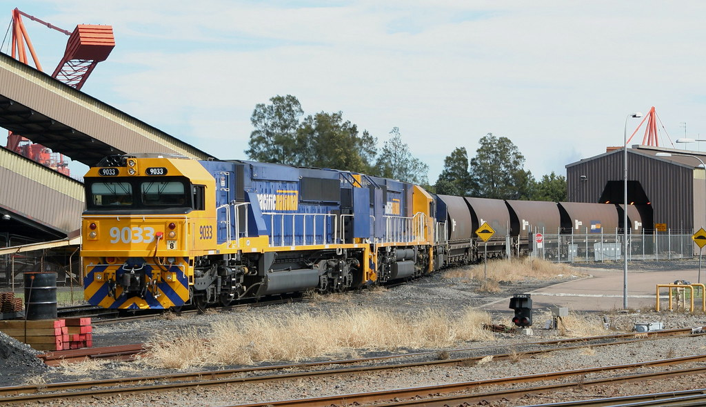 9033 + 9034 + 8244 unloading at Port Waratah Coal Services. 4the April, 2006 by Peter Cousins