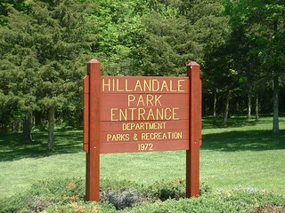 Hillandale Park logo