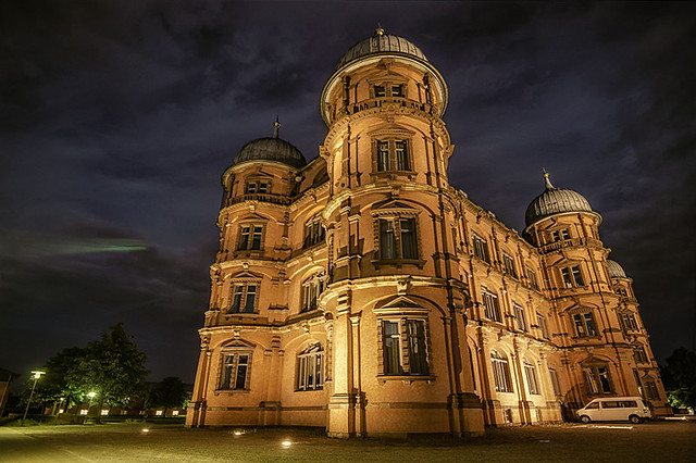 Schloss Gottesaue mitten in Karlsruhe