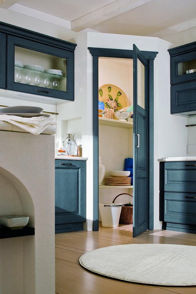 Mobili cucina classica Canova finitura blu antracite | Flickr