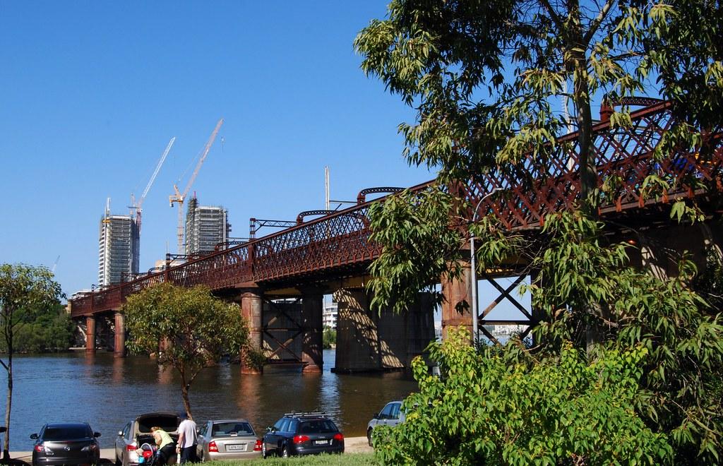 Meadowbank Rail Bridge, Meadowbank, Sydney, NSW by dunedoo