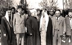 مع ايمن الحسيني وغيره