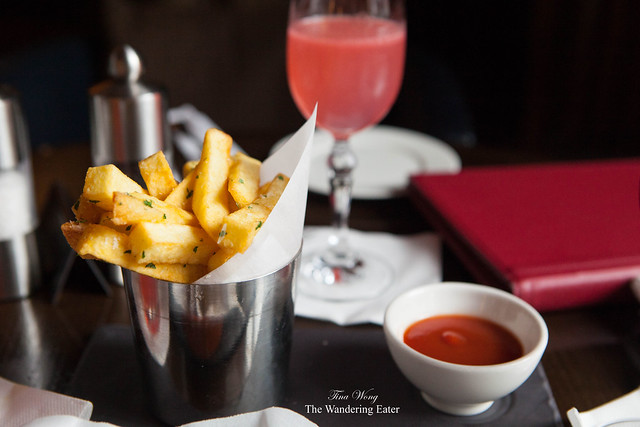 Truffle chips served with ketchup