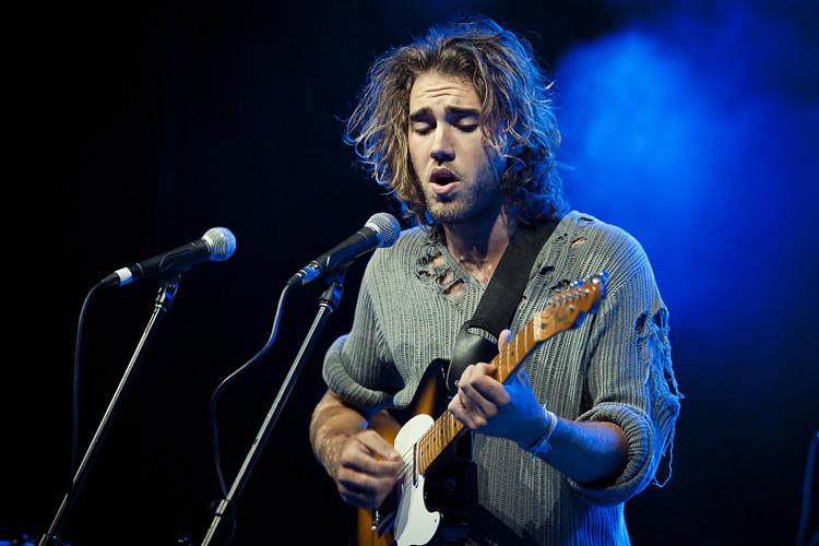 Matt Corby | Matt Corby live at The Thebarton Theatre, Adela
