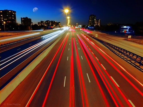 moon toronto ontario canada lights star highway streetlight traffic timeexposure freeway commuter commuting expressway highway427