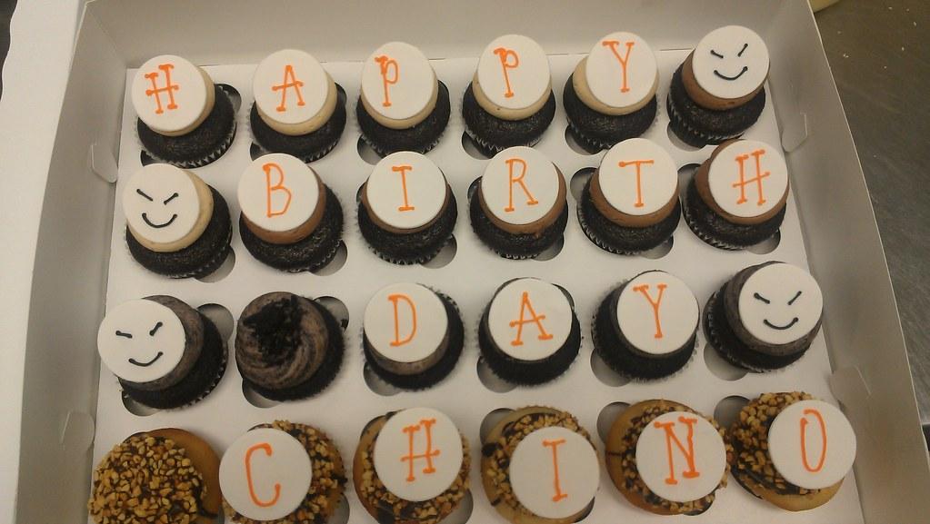 Happy Birthday Cupcakes With Fondant Discs