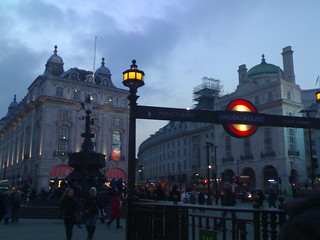 Piccadilly circus!!! p.s. i <3 london *-*