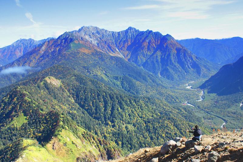 焼岳の山頂から穂高連峰