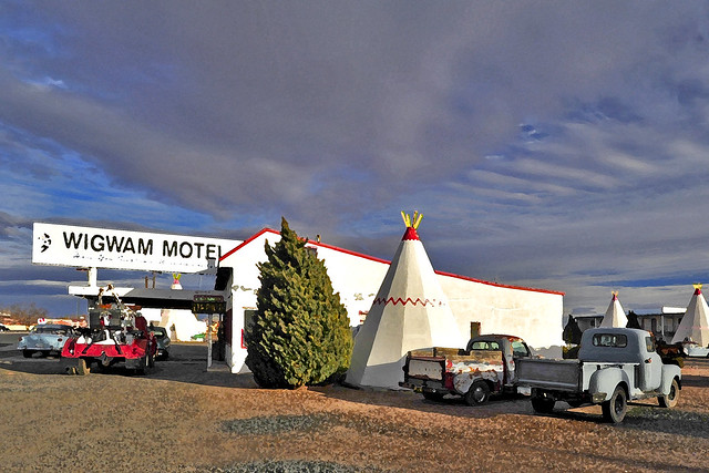 WIGWAM Motel / Another Perspective