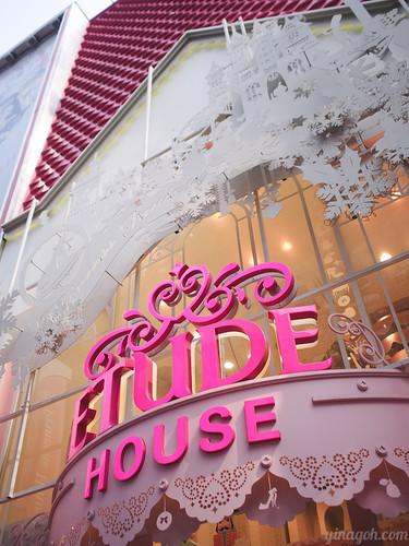 EtudeHouse_MyeongDong-42 | by yina goh