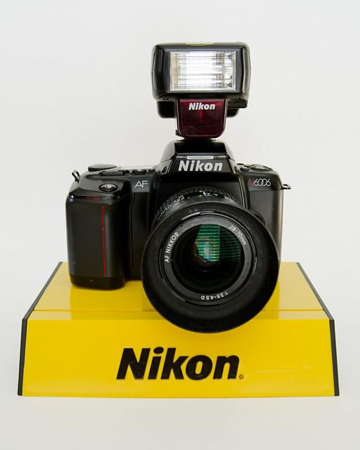 Nikon N6006/F-601