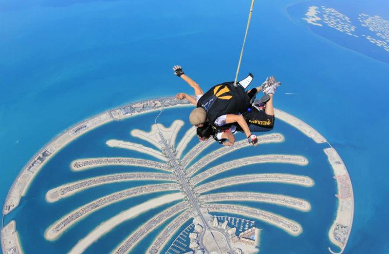 Skydiving in Dubai - Over The World