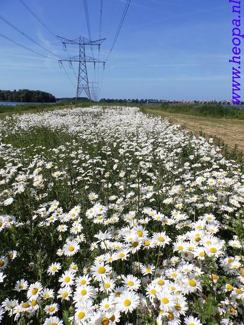 2016-06-09          Almeerdaagse         3e dag 25 Km   (32)