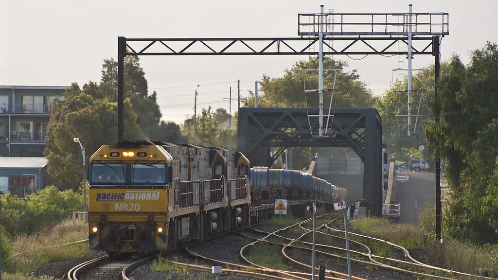 Steel train approaching Dynon by michaelgreenhill