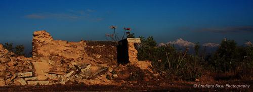 sky ruins peak himalayas kangchenjunga kanchenzonga rikisum
