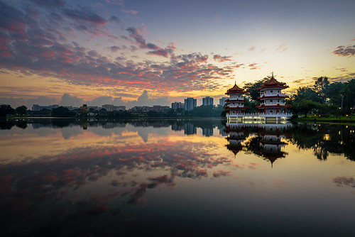 lake reflection sunrise garden pagoda