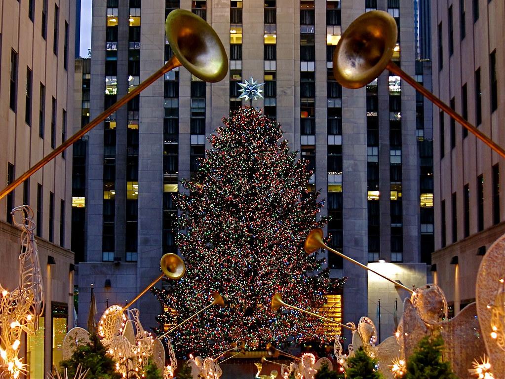 New York - Rockefeller center Christmas tree | Mickaël T. | Flickr