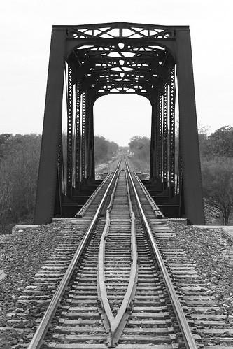 texas hunter railroadbridge