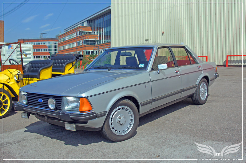 The Establishing Shot: Ford Centenary Tour - Mk2 Ford Granada 2.8iS from The Sweeney at Elstree Studios