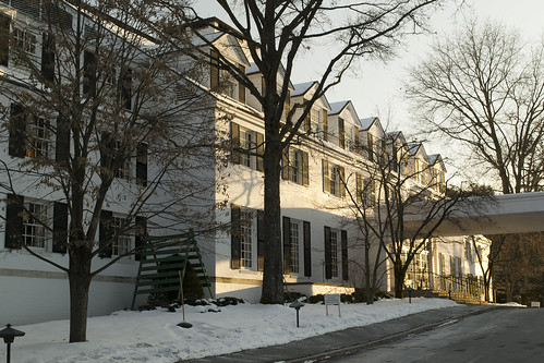 new winter light sunset summer england urban snow building tree comfortable architecture rural america hotel town big inn vermont afternoon village small country victorian center tourist resort commercial elite wealthy expensive woodstock quaint picturesque trap vt photogenic upscale