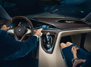 14 BMW-2014-Vision-FL-INT07