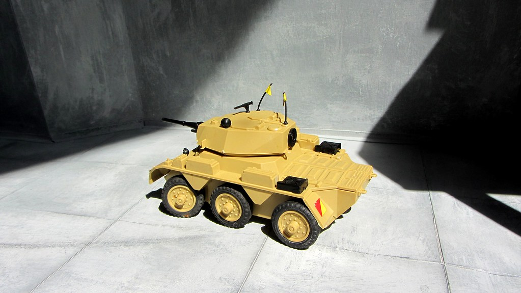 Early 70's Scalecraft Model Kit - Saladin Armoured Car - 4
