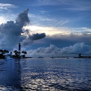 Hillsboro Inlet, Fort Lauderdale #florida #iphone5 #iphonesia #iphonephoto #ftlauderdale #olloclip #cloudporn #skyporn #skyscapes ##danielpiraino #fortlauderdaleseo #waterfront #istabilizer #instaflorida #seascape   by Daniel Piraino