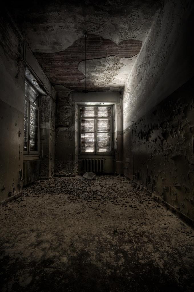 ...Creepy Room...   View on Black Facebook   Google+ ...