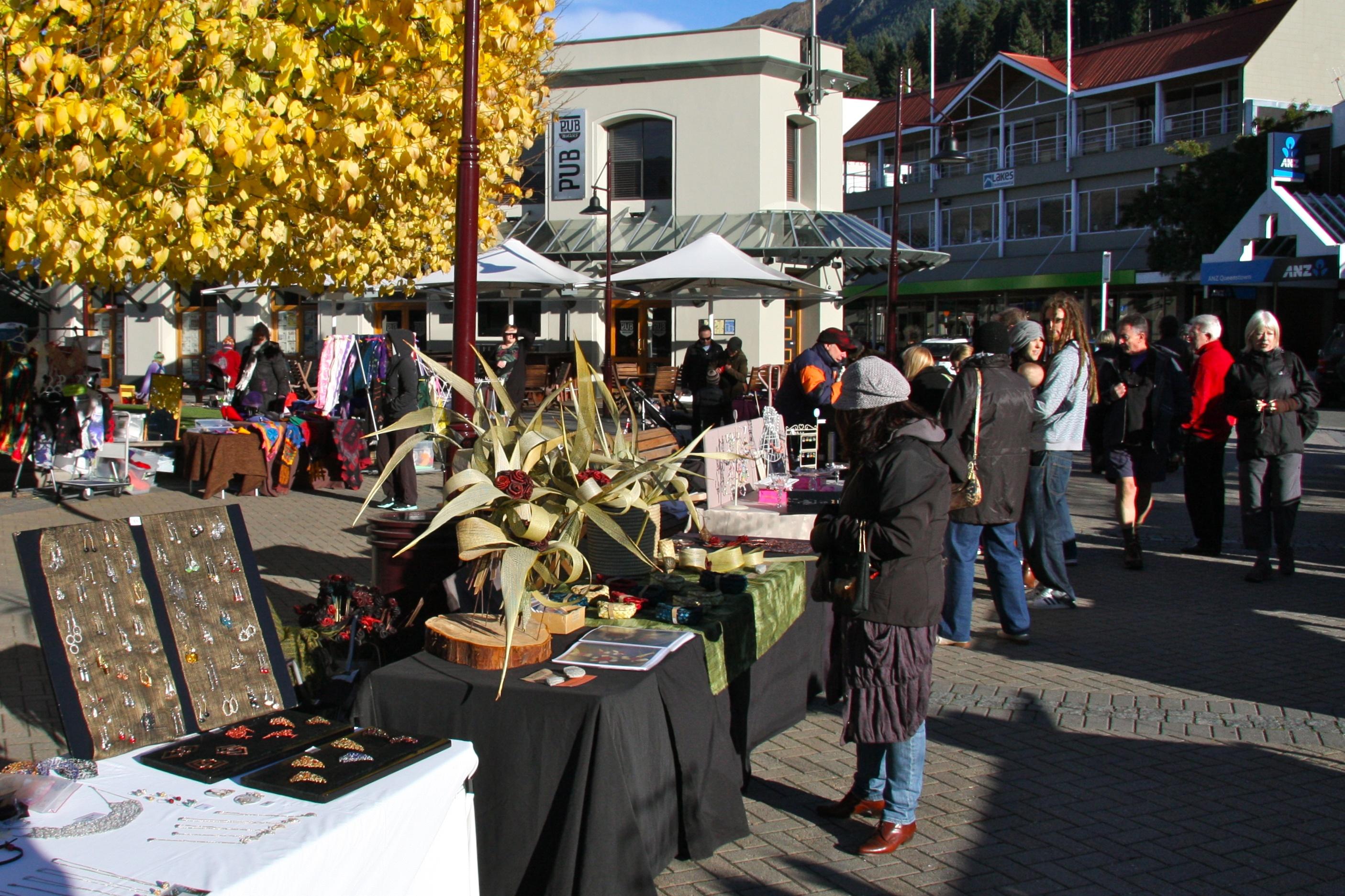 Saturday Market in Queenstown