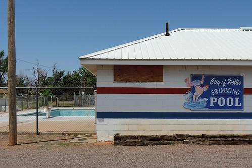 hollis hollisok oklahoma usa pool publicpool swimmingpool emptypool outdoor closedpool blue dnysmphotography dnysmsmugmugcom