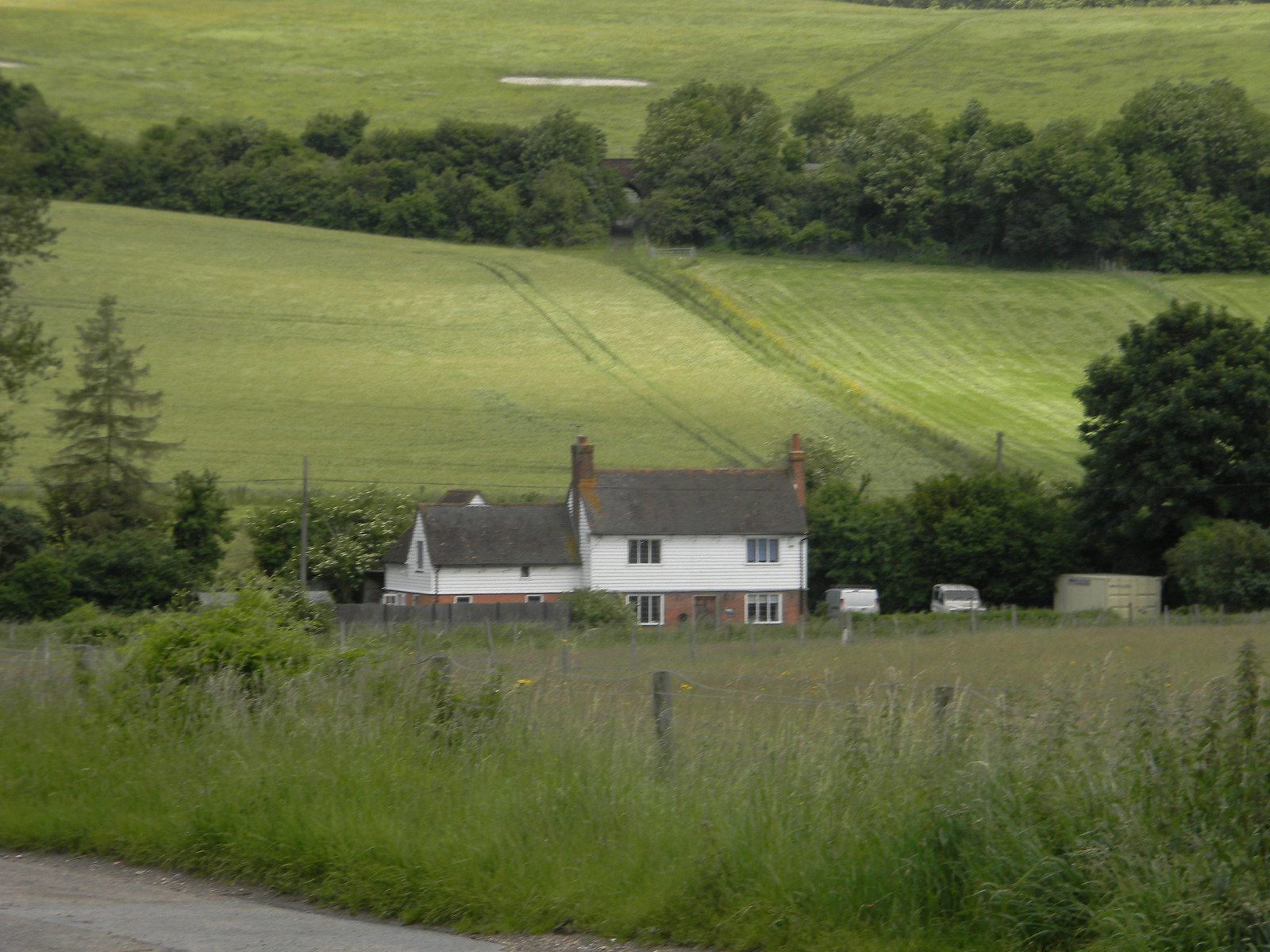 Farm and fields Cuxton to Sole Street