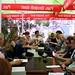 lör, 09/06/2012 - 12:07 - Lunch medan vi väntade