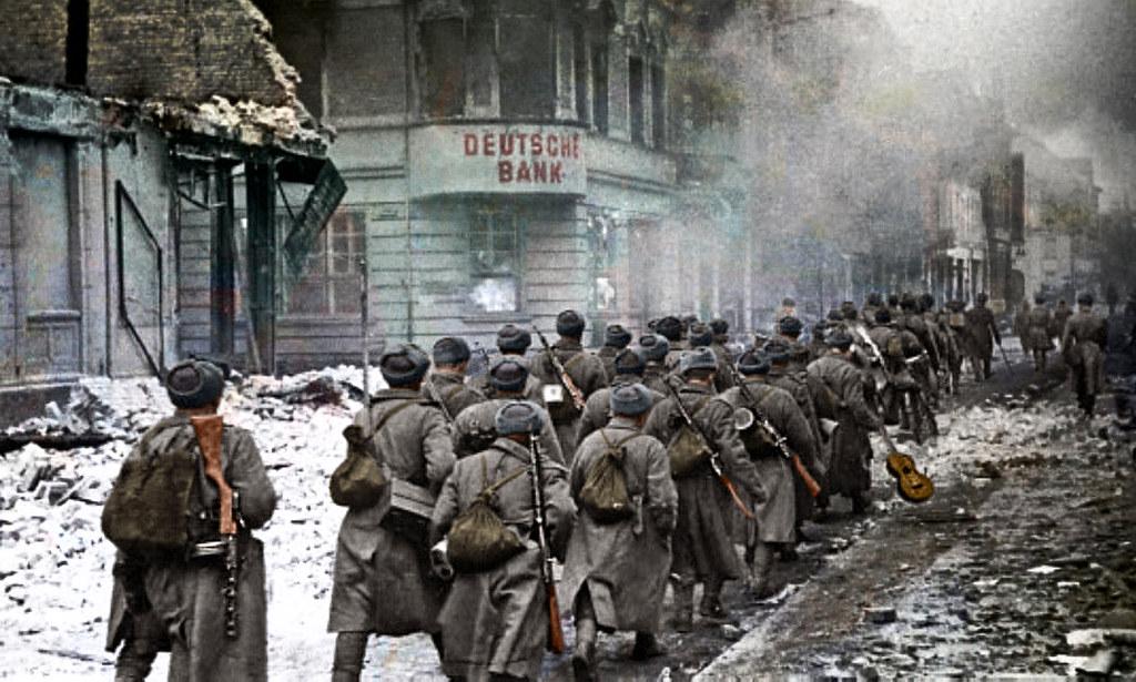 Soviet troops marching through the city Schneidemühl, February 1945
