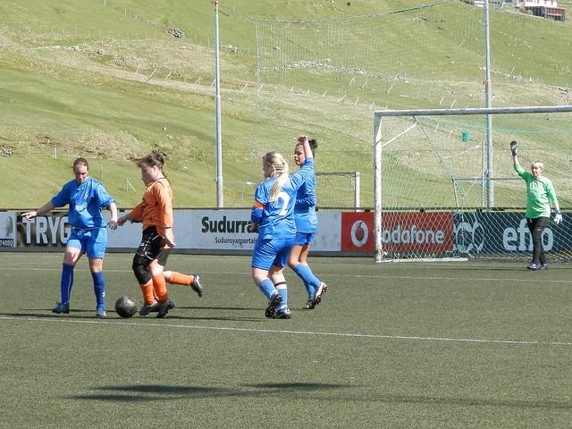 Women's Football in 1. deild 2012, FC Suðuroy vs. Skála