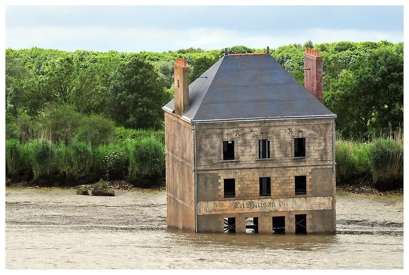 La maison dans la Loire. Couëron 20120603.
