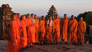 Phnom Bakheng: Monks watching the sun set over Lake Tonlé Sap | by asitrac