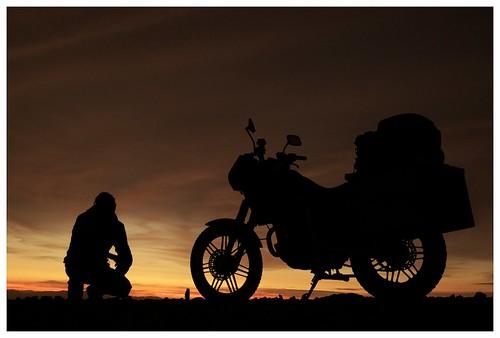 voyage travel sunset peru honda d50 nikon alone quiet nikond50 moto motorcycle discovery arequipa perou 5photosaday flickraward découverte