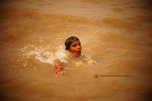 Little Swimmer 2 | by Akbar - Web Designer and Freelance Photographer
