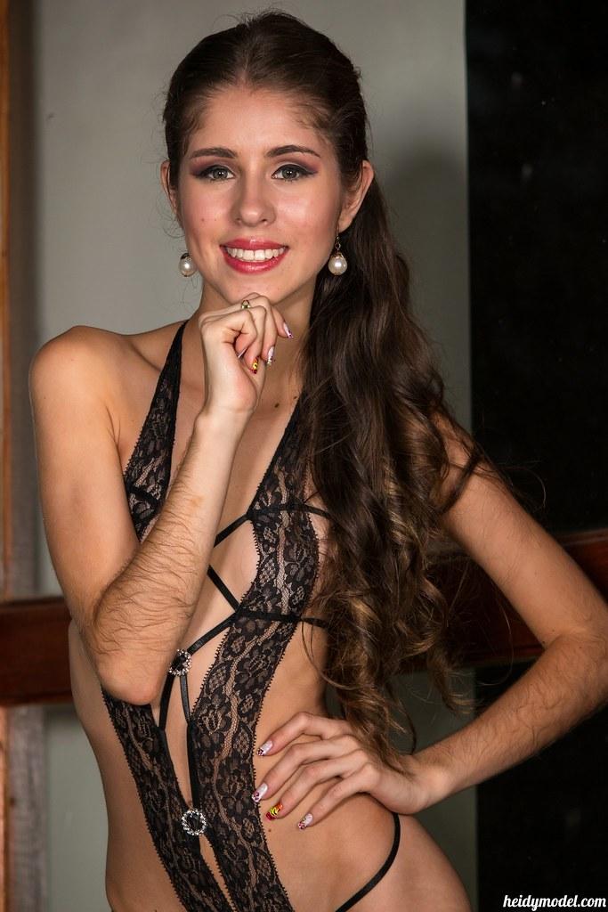 Heidy-model Kelly Kutie