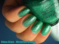 China Glaze - Mistletoe Kisses