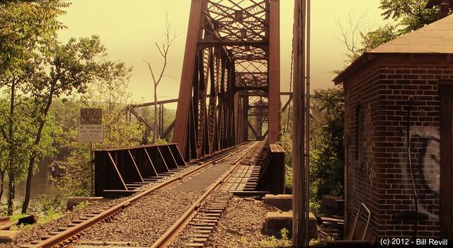 Middletown railroad bridge