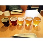 I like Shiro and beniaka #Coedo #beer #platter Drinking order from right to left: #ruri #shiro #kyara #beniaka #shikkoku 由右至左淡至濃飲:#琉璃 #白 #伽羅 #紅赤 #漆黑 #craftedbeer #japanesebeer #draftbeer #draft #HK #hkfood #gourmet #手工啤酒 #生啤 #啤酒 #コエドビール #ビール #プレミアムビール #クラ