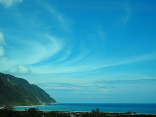 The Pacific Ocean - viewed from a Taiwanese train | by ztl8702