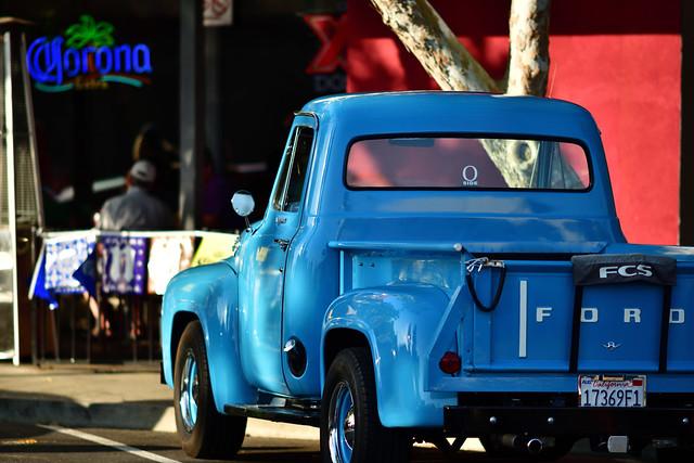 nikon nikkor 200mm 2.0 ais D810 1950 pickup ford