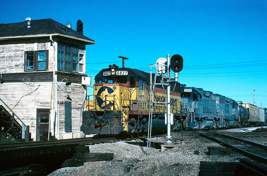 R593 at TY Tower, Tucola, IL