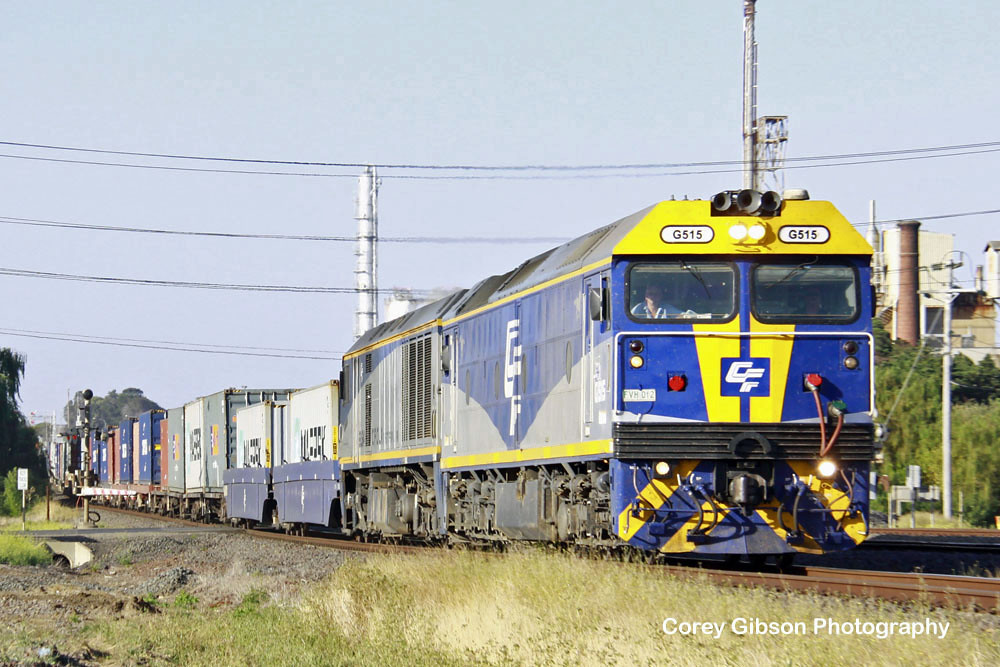 G515 & EL54 pass by the Geelong Refinery by Corey Gibson